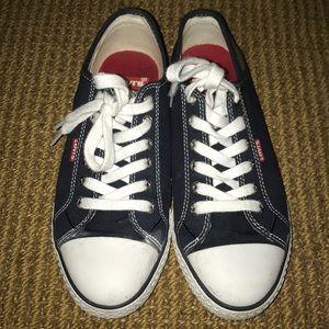 Levi's blue tennis shoes